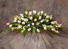 Centro de rosas blancas Nuevo Tanatorio - Funeraria Blay